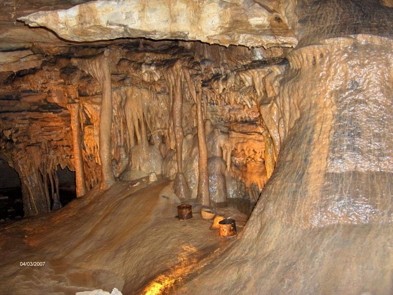 Fort Wayne Mall >> Marengo Cave 2007